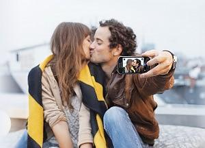 Facebook che separa e unisce, Diario di coppia come trovata di Web Marketing